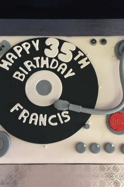 Man Birthday Cake Disc Jockey