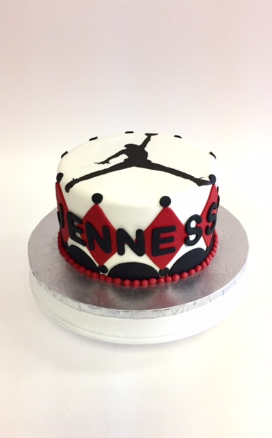 Wondrous Michael Jordan Nancys Cake Designs Funny Birthday Cards Online Elaedamsfinfo